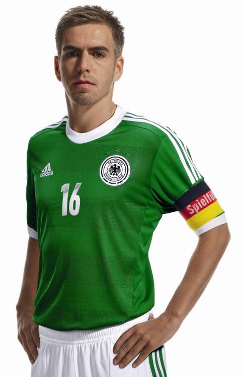 Philipp Lahm im DFB Auswärtstrikot